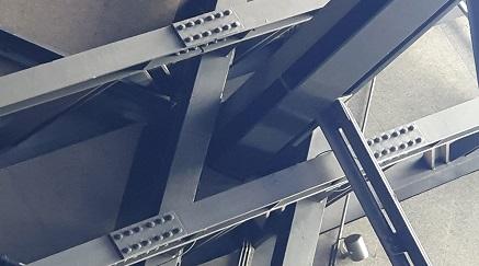 estructura con roblones